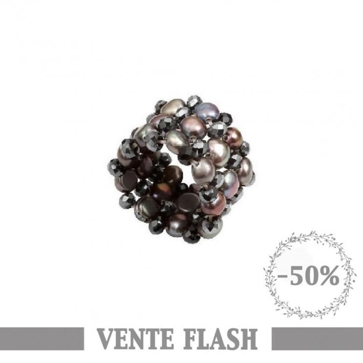 Bague élastique perles de culture et cristal. Noire