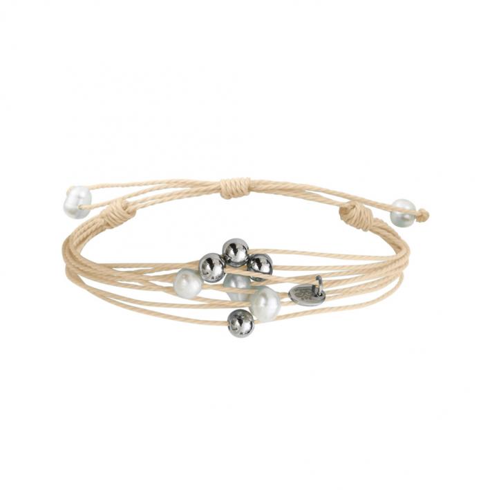 Bracelet multi-rangs perles sur cordon beige